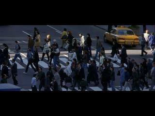 Осада. Дензел Вашингтон. 1998. Фильм удивительно повторяет ситуацию в США после 11 сентября 2001.